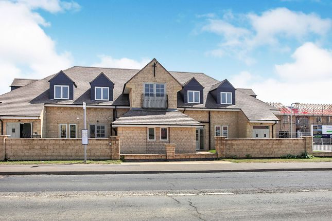 Thumbnail Flat for sale in Towngate East, Market Deeping, Peterborough