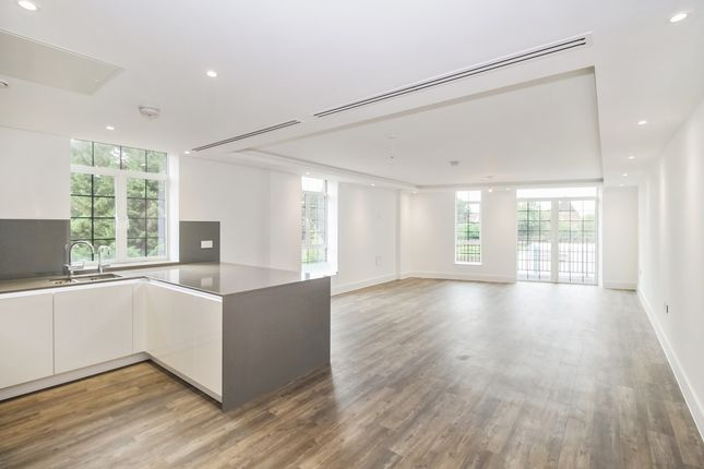 Thumbnail Flat to rent in Hampstead Reach, Chandos Way, Golders Green