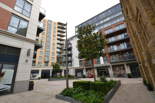 Thumbnail Flat for sale in Fitzroy Apartments, Dickens Yard, Ealing