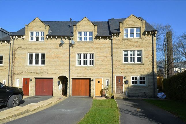 Thumbnail Town house for sale in Dean Way, Bollington, Macclesfield, Cheshire