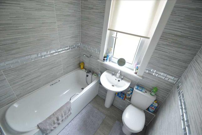 Bathroom of Morris Crescent, Blantyre, Glasgow G72