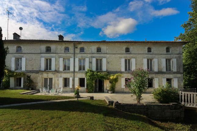 Thumbnail Villa for sale in Archiac, Charente-Maritime, Nouvelle-Aquitaine