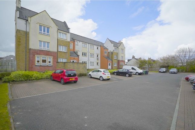 Thumbnail Flat for sale in Straiton Place, Blantyre, Glasgow