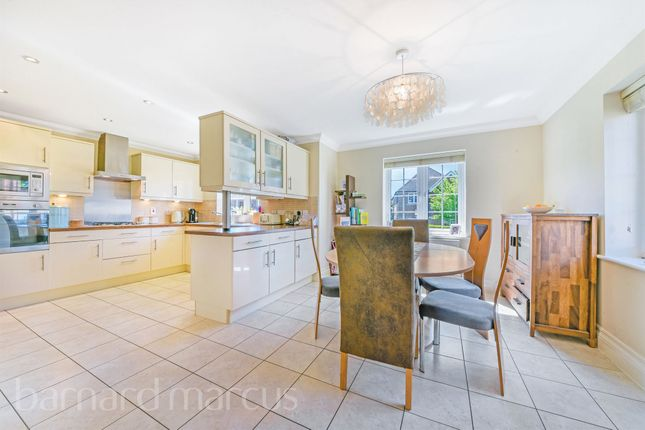 Thumbnail Detached house for sale in Rowan Close, Banstead
