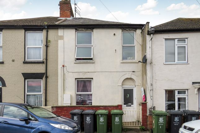 Thumbnail Flat for sale in Crittens Road, Great Yarmouth