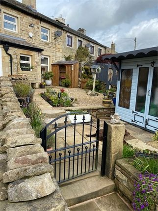 Thumbnail Cottage for sale in Parkinson Terrace, Trawden, Lancashire
