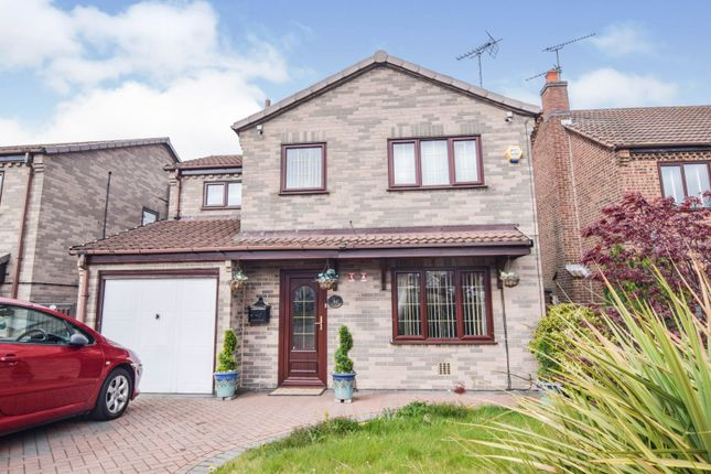 4 bed detached house for sale in Birchcroft Drive, Mansfield NG19