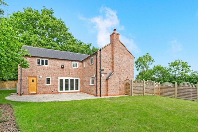 Thumbnail Detached house to rent in Banbury Road, Pillerton Priors, Warwick
