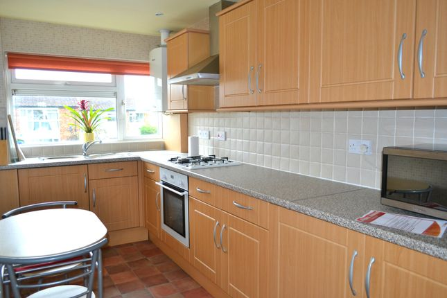 Thumbnail Flat to rent in St Peters Close, Newbury Park, Ilford