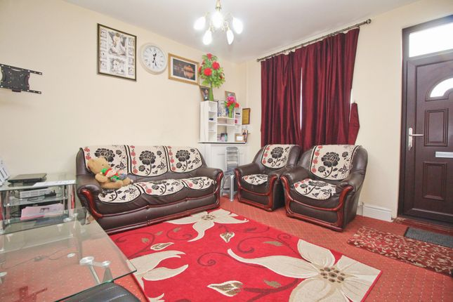 Sitting Room of Woodland Road, Leicester LE5