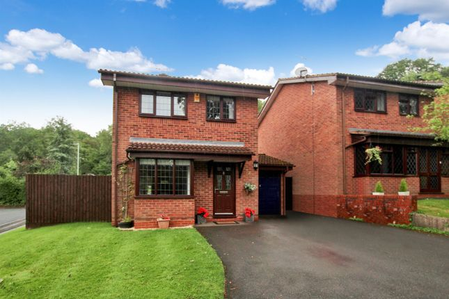 3 bed detached house for sale in Oakham Close, Redditch B98