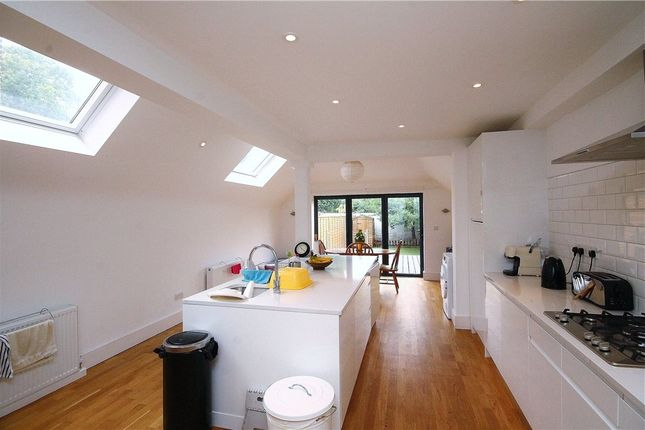 Thumbnail Property to rent in Cresswell Road, London