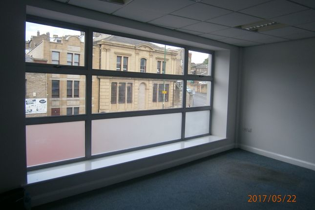 Office to let in 830/838 Leeds Road, Bradford
