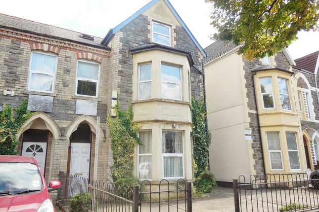 Thumbnail Flat to rent in Top Floor Flat, Richmond Road, Cardiff
