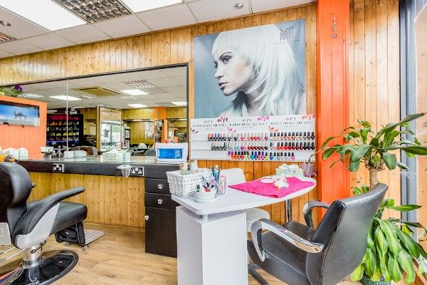 Thumbnail Retail premises for sale in Woodhouse Road, Colney, London