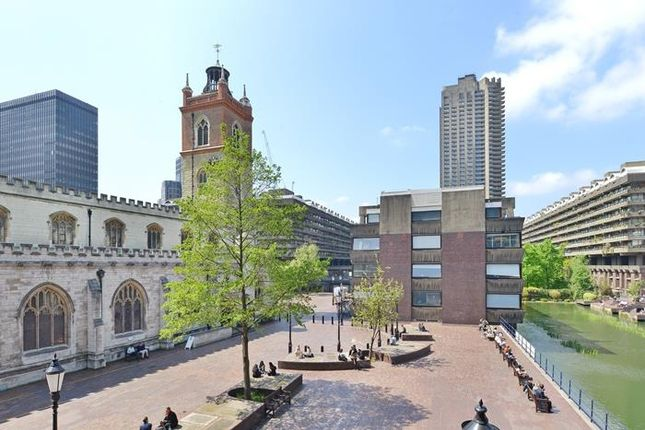 Thumbnail Property to rent in Wallside, Barbican, London