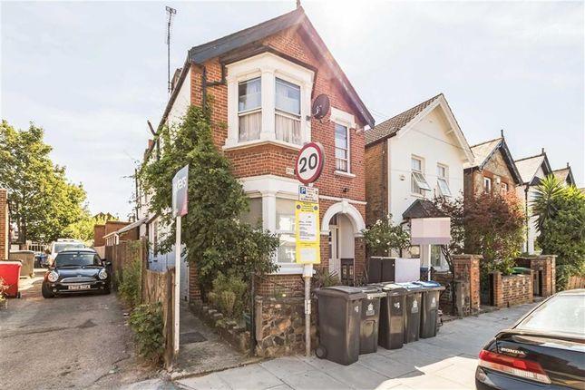 Thumbnail Flat to rent in Chesham Road, Norbiton, Kingston Upon Thames