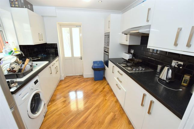 Thumbnail End terrace house for sale in Glasgow Road, London