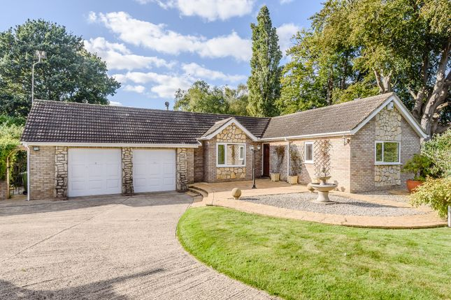 Thumbnail Detached bungalow for sale in Meadowlake Crescent, Lincoln