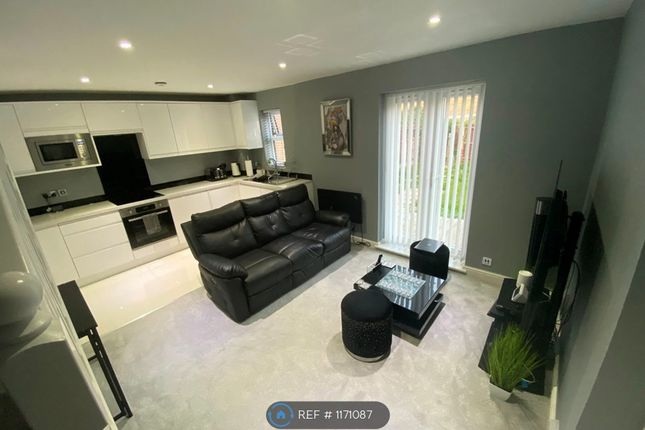 1 bed terraced house to rent in Fielding Avenue, Tilbury RM18
