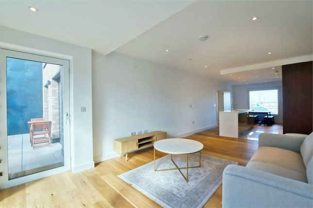 Thumbnail Flat to rent in Hugero Point, London, London