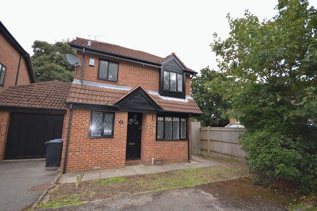 Thumbnail Detached house to rent in Bell Close, Beaconsfield