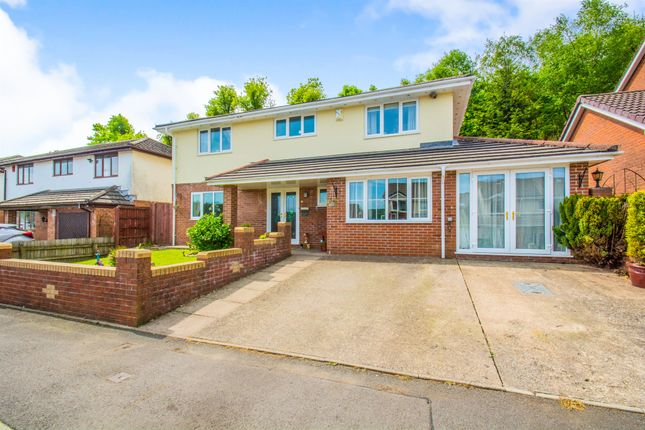Thumbnail Detached house for sale in Kingswood, Maesycoed, Pontypridd