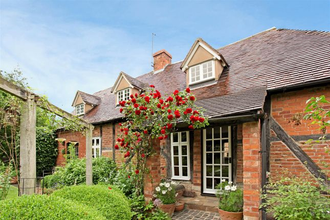 Thumbnail Cottage for sale in Kington, Worcester, Worcestershire