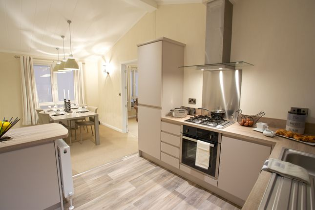 Mobile/park home for sale in Walton Bay, Clevedon