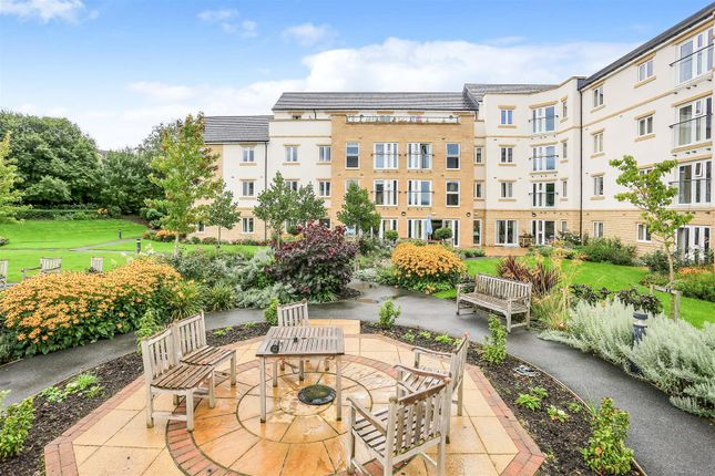 1 bed flat for sale in Chesterton Court, Railway Road, Ilkley LS29