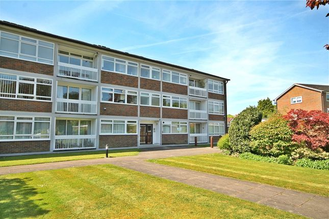 Thumbnail Flat for sale in Station Approach, Tadworth