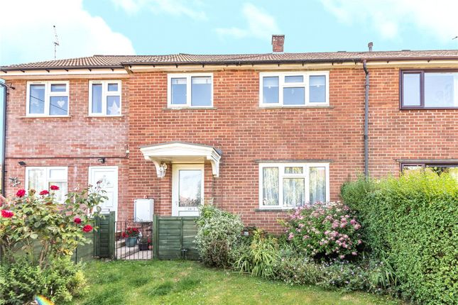 Thumbnail Maisonette to rent in Windmill Fields, Four Marks, Alton, Hampshire
