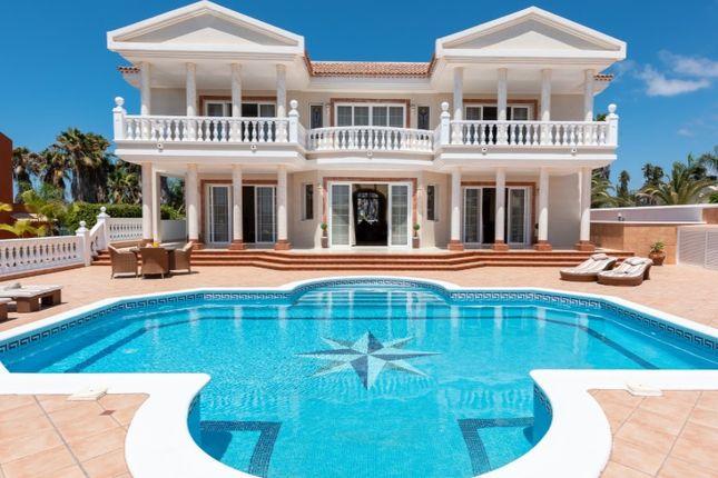 Thumbnail Villa for sale in Golf Costa Adeje, Adeje, Tenerife