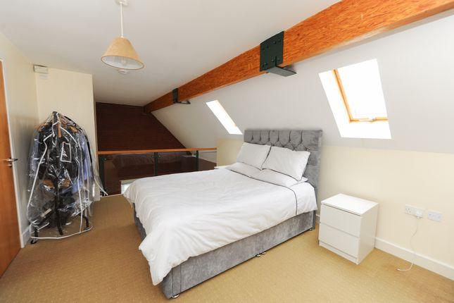 Bedroom1 of The Studios, School Board Lane, Chesterfield S40