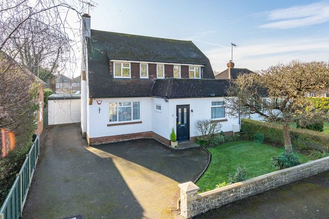 Thumbnail Detached house for sale in Links View Avenue, Brockham, Betchworth