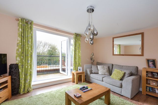 Thumbnail Town house for sale in Fossview Close, Strensall, York