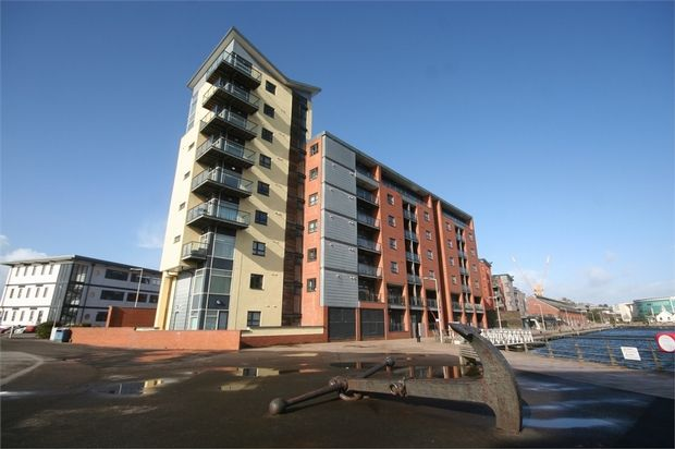 Thumbnail Flat for sale in Altamar, Kings Road, Swansea