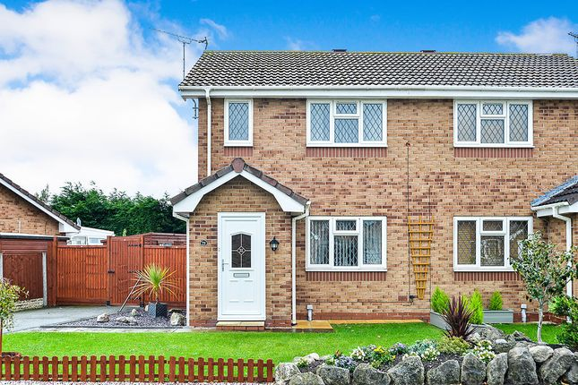 Thumbnail Semi-detached house for sale in Lon Glanfor, Abergele