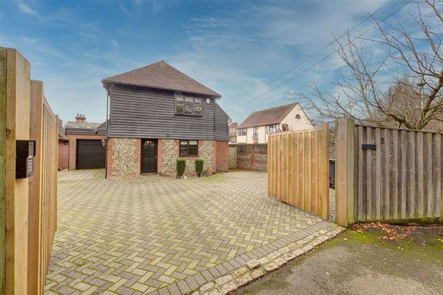 4 bed detached house for sale in Vicarage Road, Hailsham BN27