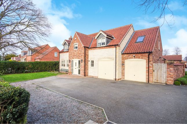 Thumbnail Detached house for sale in Grantham Road, Waddington