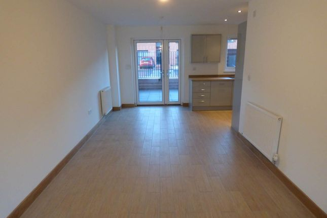 Thumbnail Property to rent in Langdon Road, Waterfront, Swansea