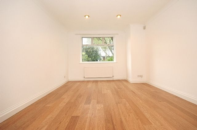 Thumbnail Terraced house to rent in Park Drive, Acton, London