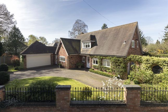 Thumbnail Property for sale in Barwell Close, Leamington Spa