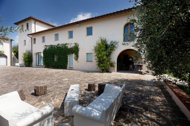 6 bed town house for sale in 50055 Lastra A Signa, Metropolitan City Of Florence, Italy