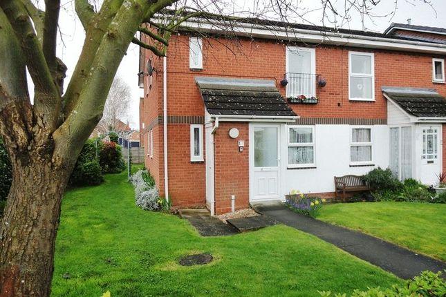 Thumbnail Property to rent in Burford Gardens, Evesham