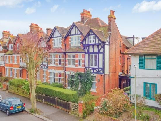 2 bed flat for sale in Grimston Gardens, Folkestone, Kent