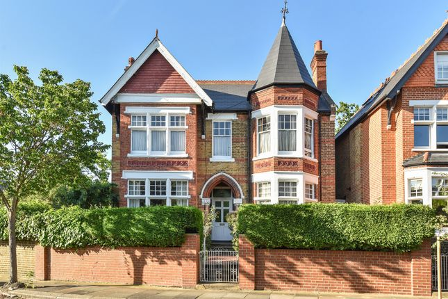 Thumbnail Detached house for sale in Kings Road, London