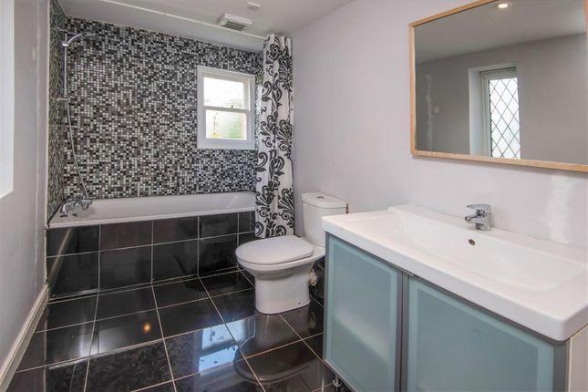 Bathroom of Milward Road, Hastings TN34