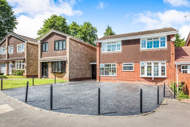 Thumbnail Detached house for sale in Barnfordhill Close, Oldbury