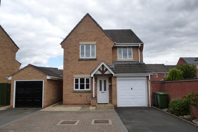 Thumbnail Property to rent in Fen Close, Kidderminster